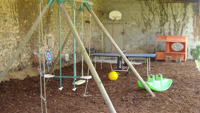 Aire de jeux pour enfants couverte